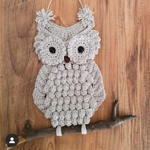 Wise owl handmade wall hanging
